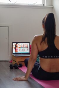 FOREVER IN SHAPE WITH AN ONLINE HEALTH COACH